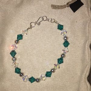 Accessories - Custom jewelry brackets